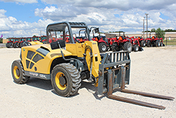 Gehl RS5-19 Telescopic Handler for rent at Hendershot Equipment in Decatur & Stephenville, near Fort Worth, TX