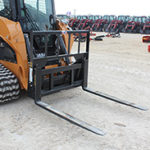 """CAI Worx Duty 48"""" Pallet Forks for sale at Hendershot Equipment in Decatur & Stephenville, TX near Fort Worth, TX"""