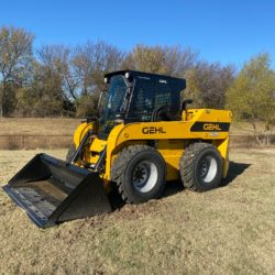 V420 Vertical-Lift Skid Loader for sale at Hendershot Equipment in Stephenville & Decatur, near Fort Worth, TX